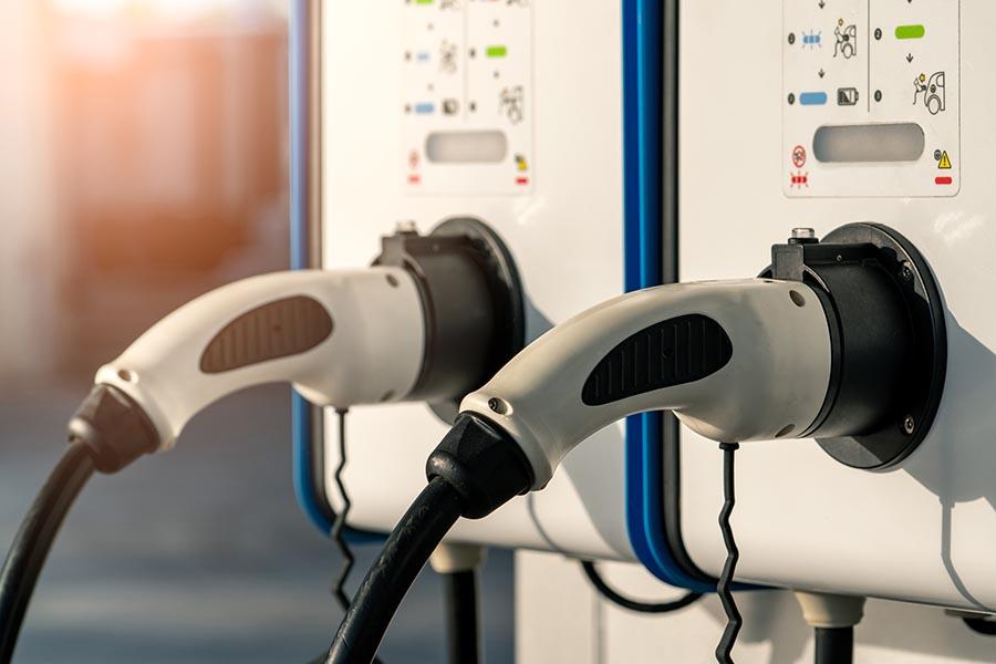 Laadpaal elektrische auto, thuis en op kantoor